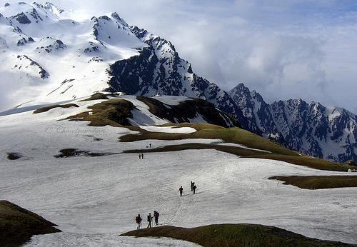 Los Himalayas,India. Pocos aficionados al trek hacen esta  montaña . Te puede llevar 24 días de Spiti a Ladakh.
