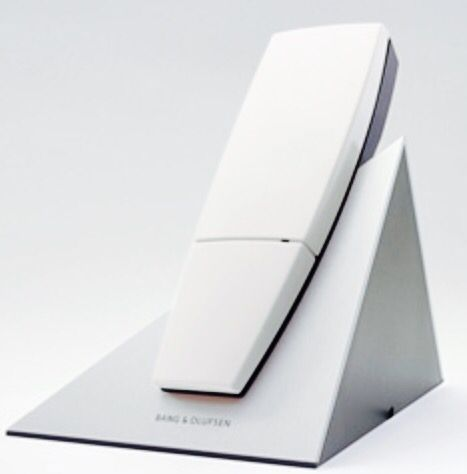 http://www.viewbeforebuying.com/s/bang-and-olufsen-phone