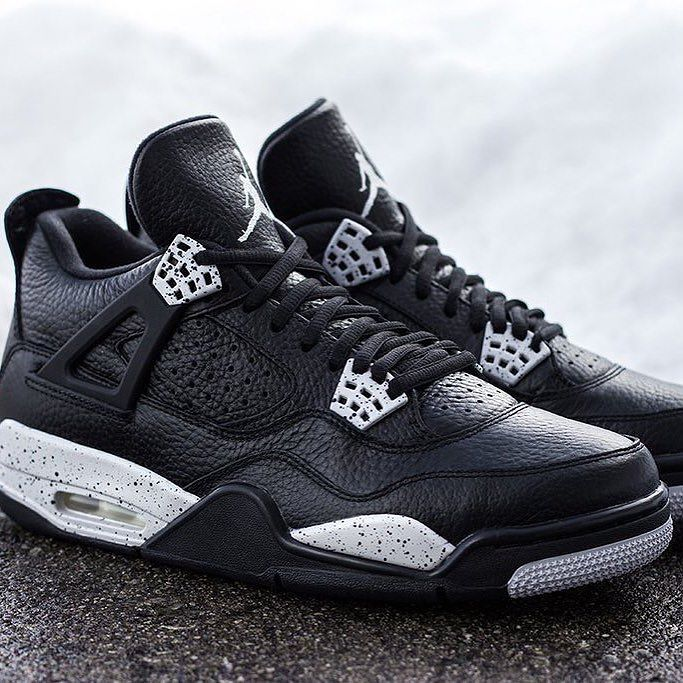 Air Jordan Retro 4 Oreo Faux Tour De Magie
