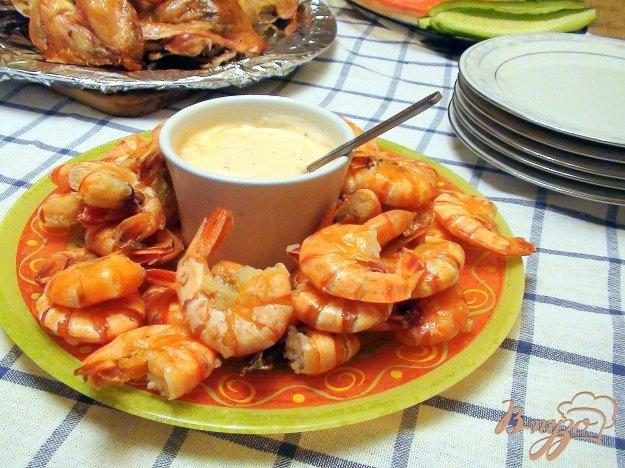 Жареные креветки с чесночным соусом