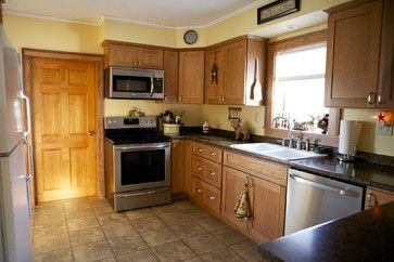 wonderful yellow kitchen walls cream cabinets | oak cabinets yellow walls | Oak Kitchen Cabinets | Shaker ...