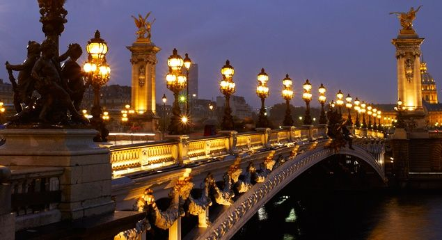 Paris's Pont Alexandre III (From: 5 to-Die-for Parisian Sweetshops)
