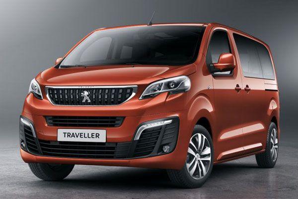 La face avant du Traveller reprend les lignes stylistiques des nouveaux modèles de Peugeot avec des phares avant et une calandre similaires au 3008.