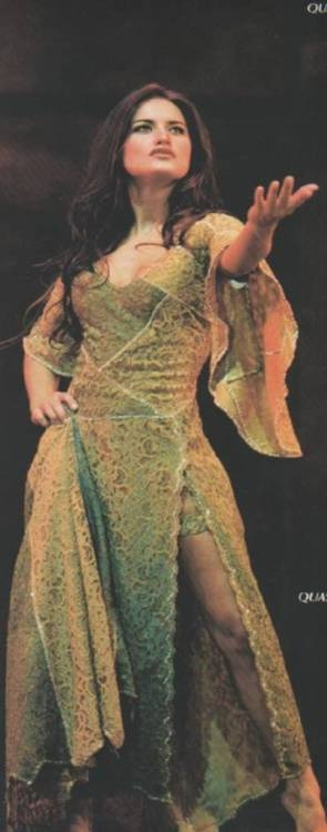 Lola Ponce as Esmeralda, italian version of Notre Dame De Paris