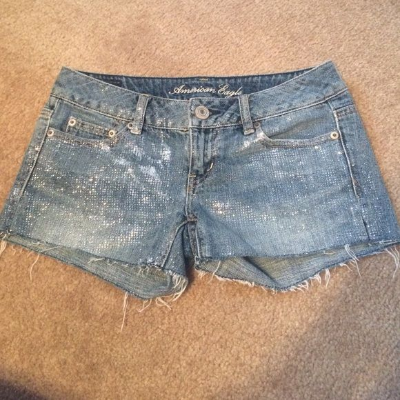 EASTER SALEAmerican Eagle Glitter shorts Worn once, no flaws, glitter splatter shorts, inseam is 3 inches, they are 00 but are stretchy so they do fit a regular 0 American Eagle Outfitters Shorts Jean Shorts