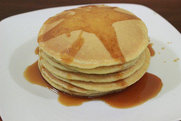 Pancake sebenarnya adalah sejenis kue untuk makan pagi yang sering dibuat oleh keluarga modern.  Rupa pancake bulat seperti lempeng, ha.. an...