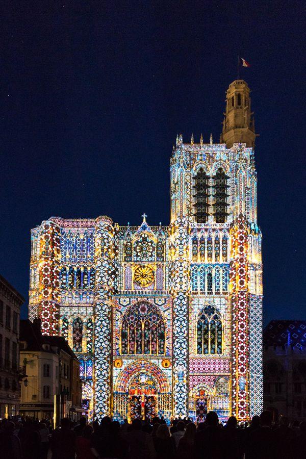 Lumières sur la Cathédrale de Sens - Yonne- France