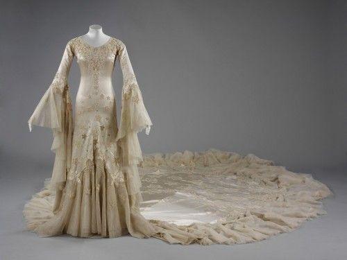 Wedding dress,1933, Norman Hartnell