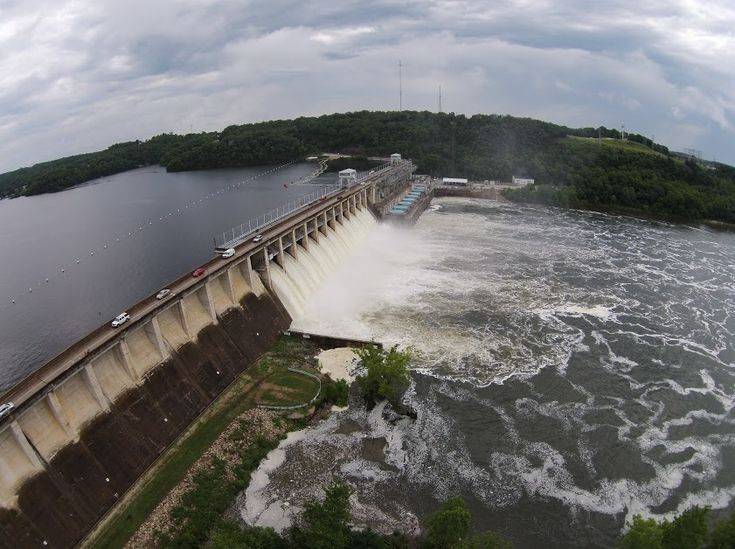 flooding in Missouri 2015, December~~ Bagnell Dam on Lake of the Ozarks