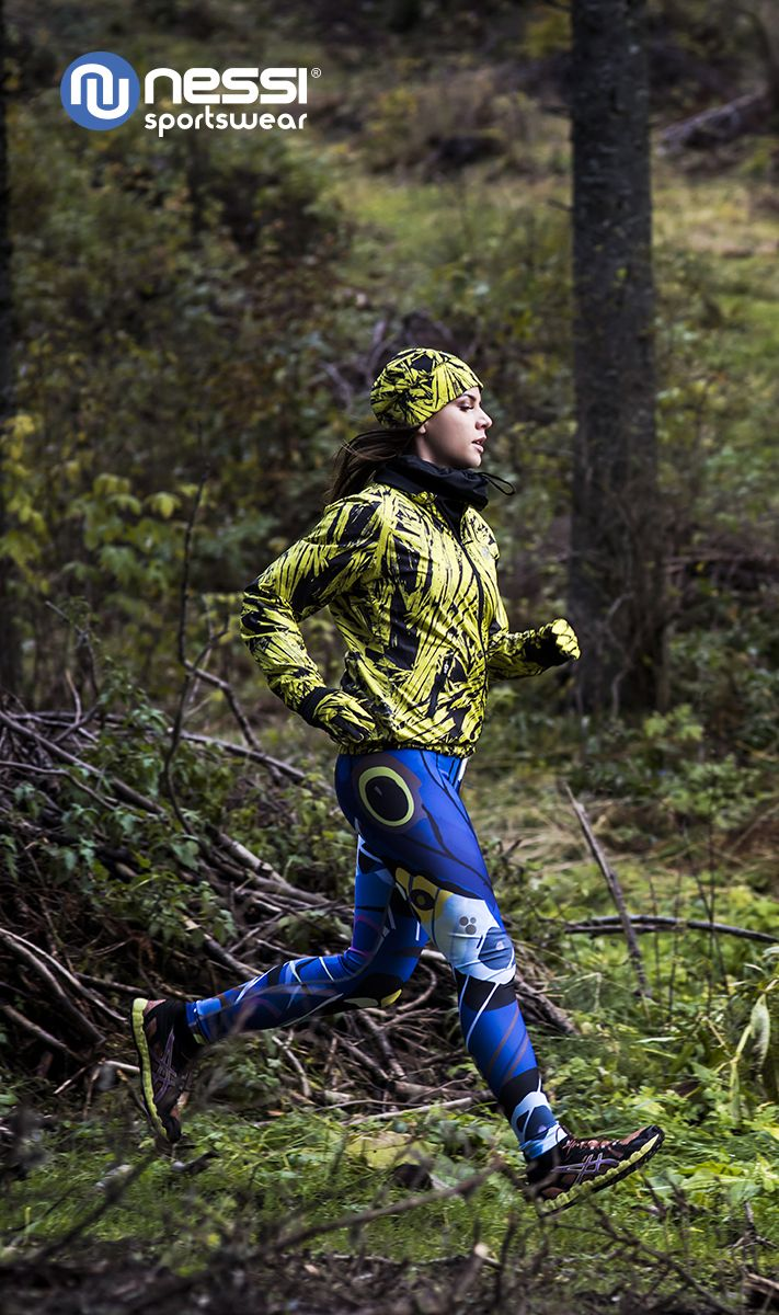Ultralight jacket Nessi Yellow Crystals protects very effectively against wind chill and rain. Long leggings with multifunction belt Nessi Blue Avant-garde fit a woman's shape perfectly and are extremely comfortable. Hat PRO Warm Nessi Yellow Crystals perfectly protects the ears and sinuses during trainings in all weather conditions. Gloves PRO Warm Nessi Yellow Crystals are perfect while running, walking, mountain biking or Nordic walking
