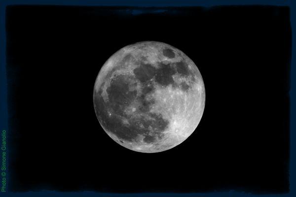 come fotografare la luna: scatto e postproduzione