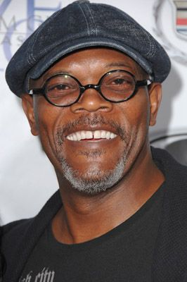 Samuel L. Jackson photos, including production stills, premiere photos and other event photos, publicity photos, behind-the-scenes, and more.