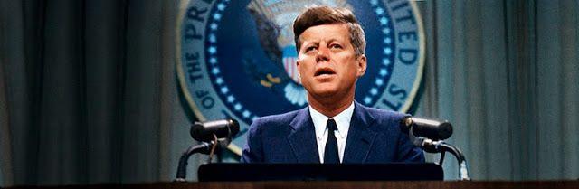Discurso transcrito de John Fritzgerald Kennedy, em 27 de Abril de 1961, no qual fala sobre sociedades secretas. http://discursostranscritos.blogspot.com/