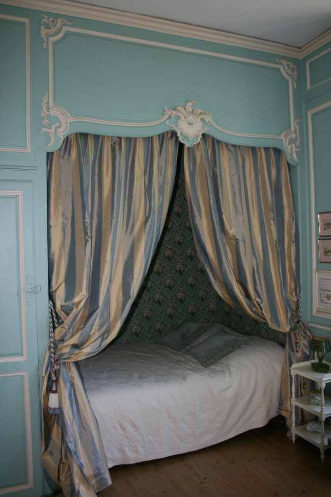 95 best alcove beds images on pinterest alcove bed bed for French style gazebo