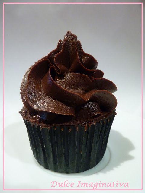 Buttercream de chocolate, chocolate y chocolate (Cupcakes Vulcano)