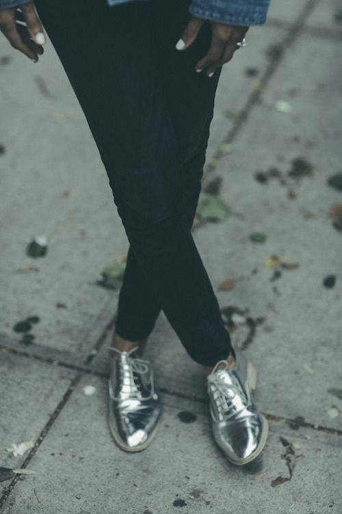 Snazzy silver metallic Oxfords, looking' good with simple black jeans and a denim shirt.