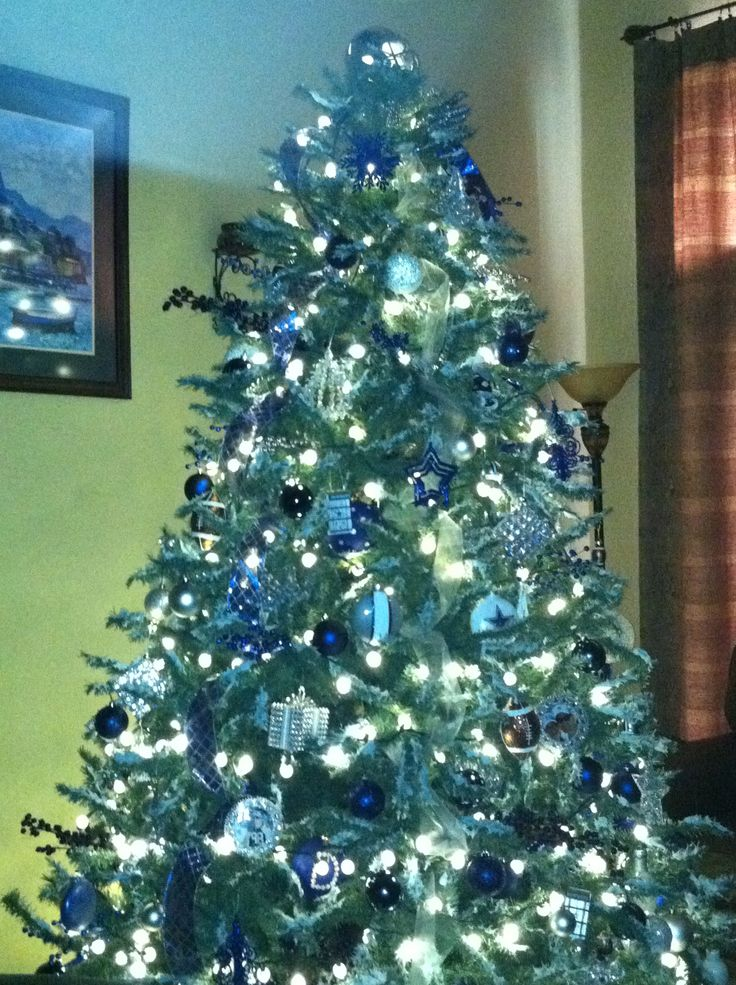 26 best Dallas Cowboys Christmas images on Pinterest   Cowboy ...