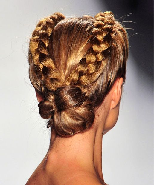 Going Dutch These Dutch braids from the Venexiana Spring 2014 runway are a step up from your typical double French braid/low bun combo. The braid sitting on top of the hair, instead of in the hair, adds dimension.