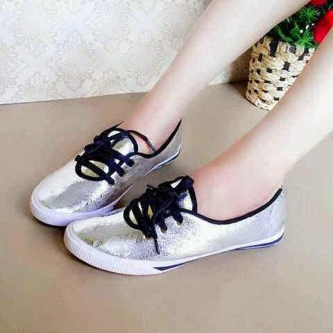 Toko Koleksi Nayla : Sepatu Wanita. Part 2