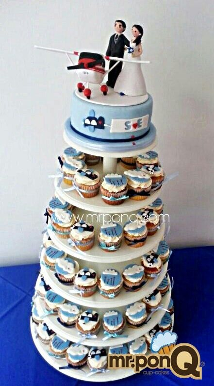 Cupcakes y torta tema aviones.mr.ponQ