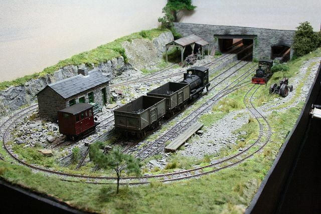 Known As The Loop This Beautifully Modelled Scene By Giles Favell Depicts The Interchange Model Railway Track Plans Model Train Scenery N Scale Model Trains