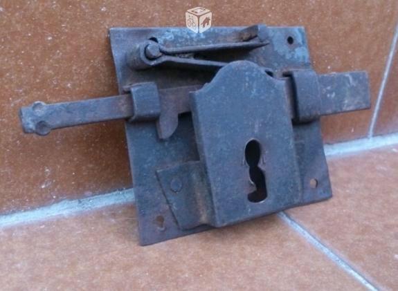 Ingenio al poder  620140601 Http://www.cerrajerobarcelonavalencia.es/cerrajerosbarcelona  #cerrajerosbarcelona #cerrajerosvalencia #cerrajeros24h