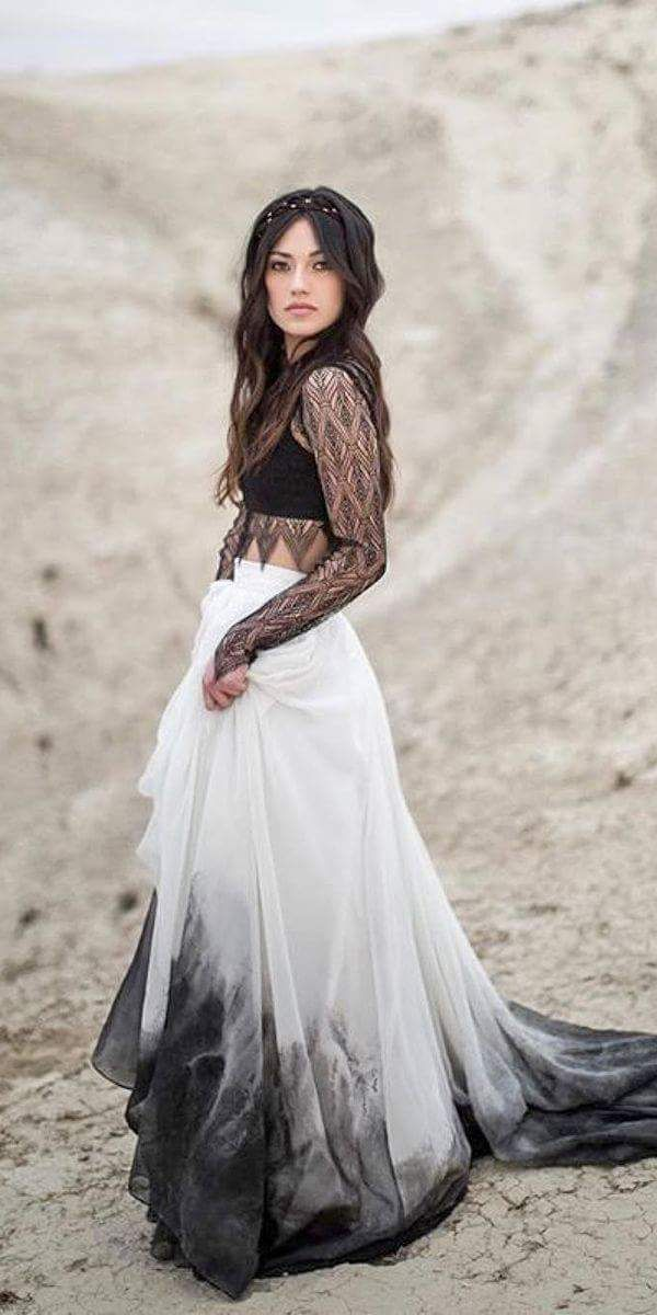 Alluring Boho Wedding Dress with Flowy Ombre Skirt and Lace Bodice #BohoDresses …