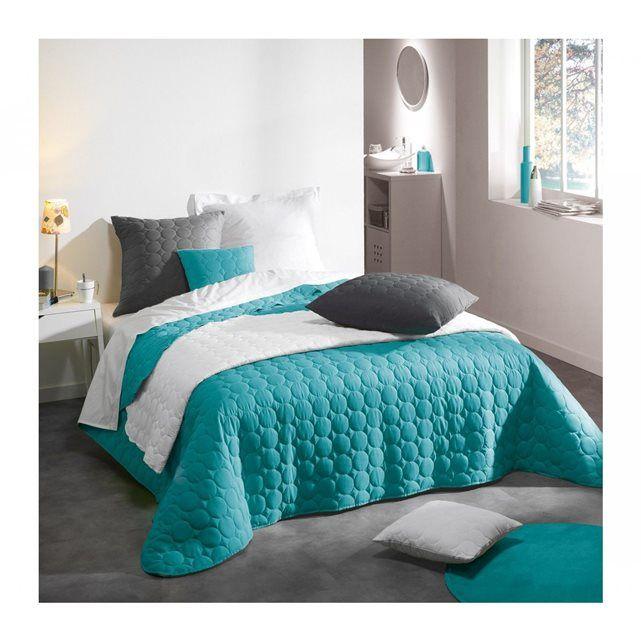 les 25 meilleures id es de la cat gorie couvre lit rouge sur pinterest ensembles de literie. Black Bedroom Furniture Sets. Home Design Ideas
