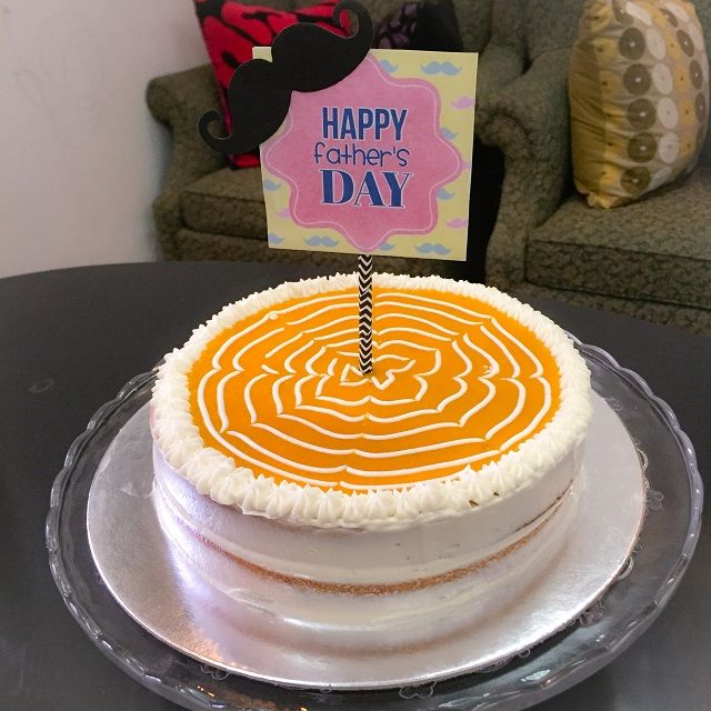 Naked Mango Cream Cake
