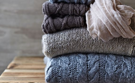 Come lavare la lana |Asciugare, stirare, sbiancare: come lavare la lana per non rovinarla? Ci hanno pensato Titty & Flavia con i loro consigli ad hoc
