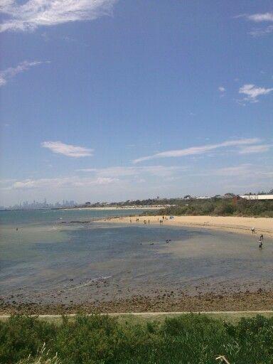 From Brighton beach looking towards Melbourne CBD