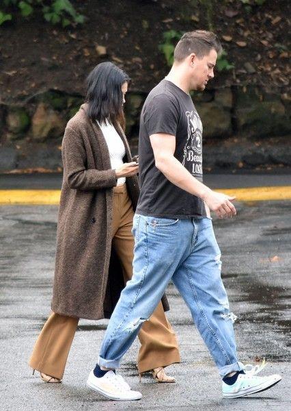 Jenna Dewan-Tatum Photos Photos - Actor Channing Tatum heads out with his wife Jenna Dewan-Tatum in Studio City, California on January 10, 2017. - Channing Tatum and Jenna Dewan-Tatum Go Out in Studio City