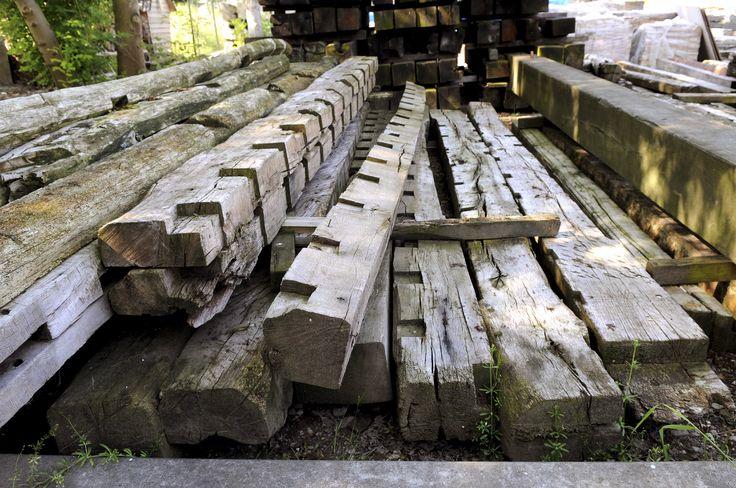 Oude eiken balken diverse diktes en lengtes te koop bij for Interieur udenhout