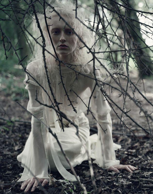 Javier Vallhonrat - Photographers - Fashion - Vogue Portugal   Michele Filomeno
