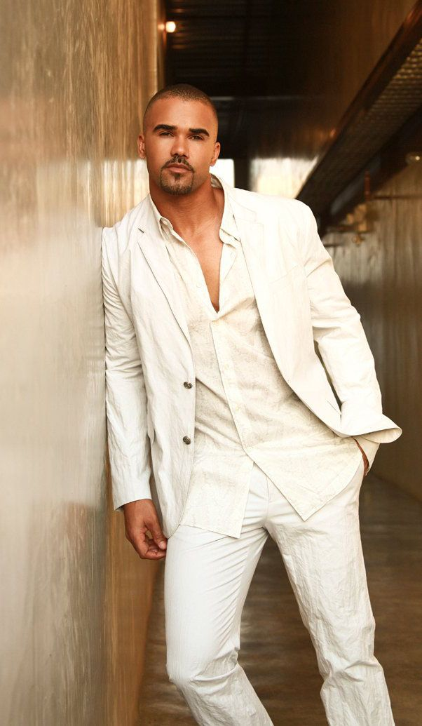 Shemar Moore, maybe as a DEA officer who is Roosevelt's son who came to Charming to find and kill Juice