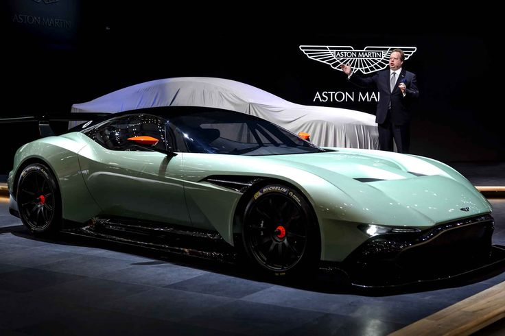 Aston Martin unveils in Geneva it's Vulcan model.  Here, no turbo or electric motor, just a beautiful seven liters aspirated V12 giving over 800 hp (750 compared to the V12 7.3 of the One-77, Aston Martin's most powerful in history up to present).