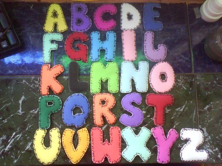 Moldes del abecedario para hacer letras en foami (1)