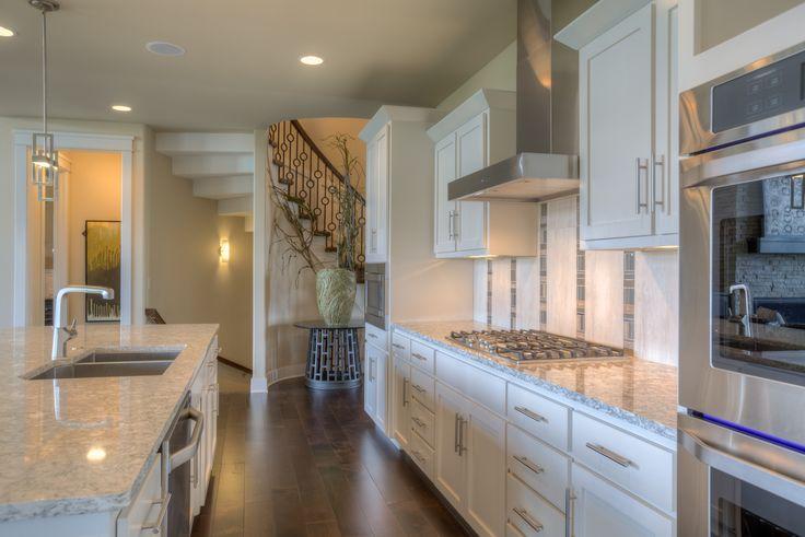 Best Kitchen With White Cabinets Berwyn Quartz View Of Spiral 400 x 300