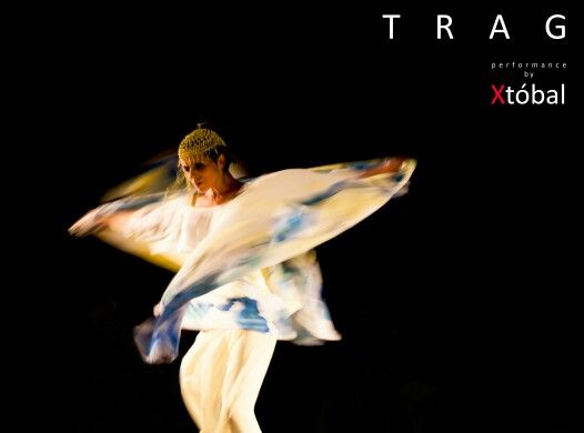TRAG, performance by Xtóbal with Leonor Leal