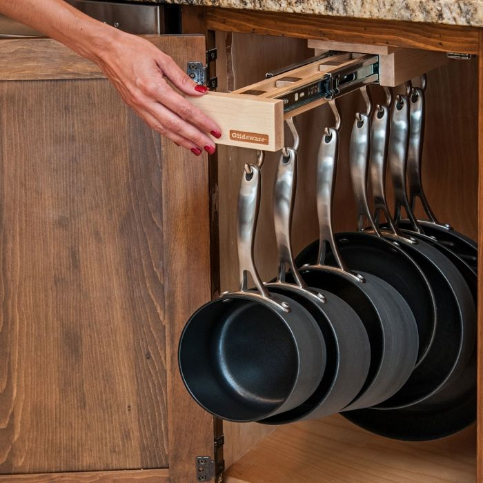 """One Glideware system complete with 7 hooks.* All mounting hardware and bracket includedDimensionsLength: 22-1/2""""Width:"""