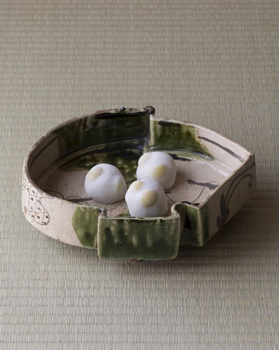 Japanese sweets on a porcelain plate from Momoyama era (1568~1600)