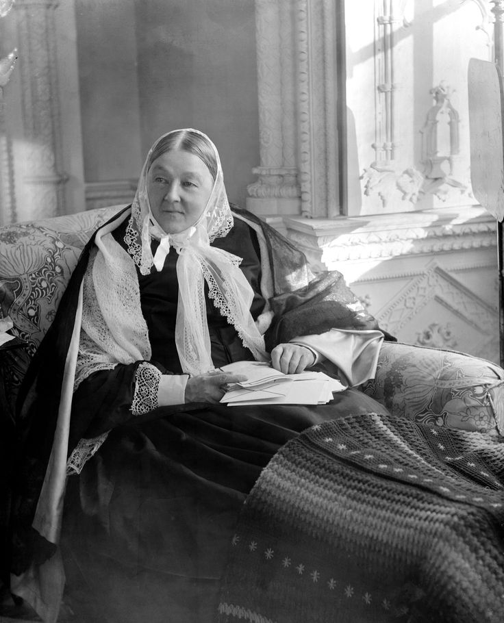 FLORANCE NIGHTINGALE TAKEN 1894 IN THE BLUE ROOM OF CLAYDON MANOR BUCKINGHAMSHIRE FROM ORIGINAL GLASS PLATE NEGATIVE