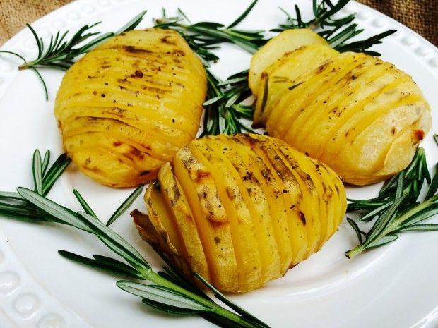 Receita de batata ao forno com alecrim rica em sabor