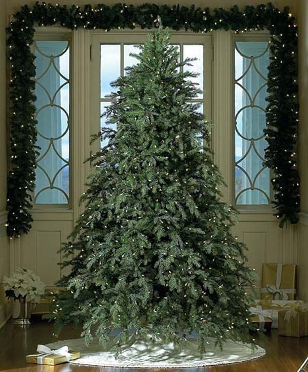 15 Best Fake Christmas Trees 2020 That Look Real Realistic Artificial Christmas Trees Christmas Tree Clear Lights Unique Christmas Trees