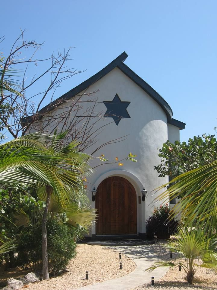 THE NEWEST JEWISH COMMUNITY IN THE CARIBBEAN (curacao, mikva Israel shul oldest)