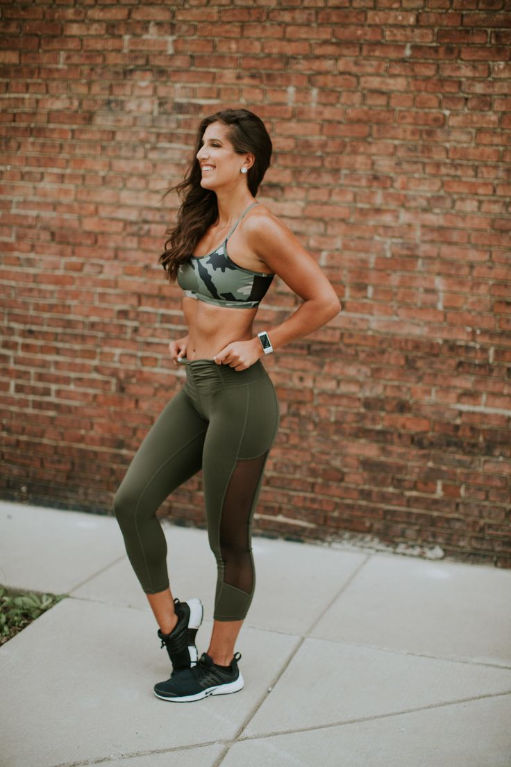 nike presto sneaker, camo activewear, camoflauge activewear, camo sports bra, carbon38 hero collection, seamless activewear, seamless leggings, nike free sneaker, nike rn free sneaker, cutout sports bra, nike activewear, nike sneakers, nike women, athleisure, a southern drawl workouts, summer activewear, spring activewear, fit with asd videos,
