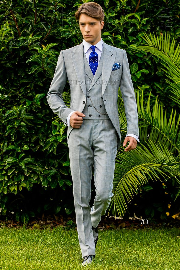 Light gray Prince of Wales groom morning suit  #groom #suit #wedding #luxury #menswear #madeinitaly