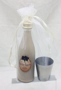 Detalle Boda Botellita cristal con licor de crema con chupito en Bolsa Organza para regalo invitados #Grandetalles