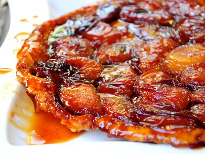 Peach Tarte Tatin | Baking Bites #peaches #summer #caramel
