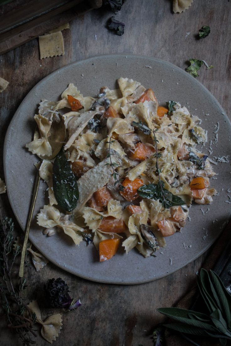 Pasta with butternut squash and mushrooms